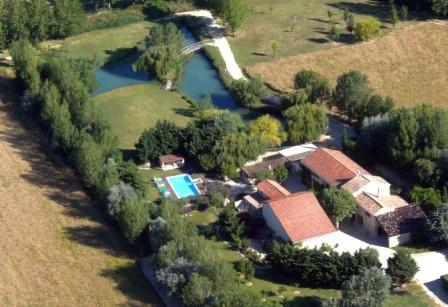 guest rooms and self-catering rental Luberon